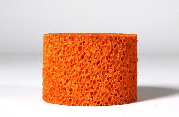 Mousse éponge orange